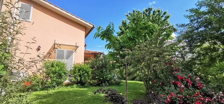 Casa immersa nel verde a Grezzano