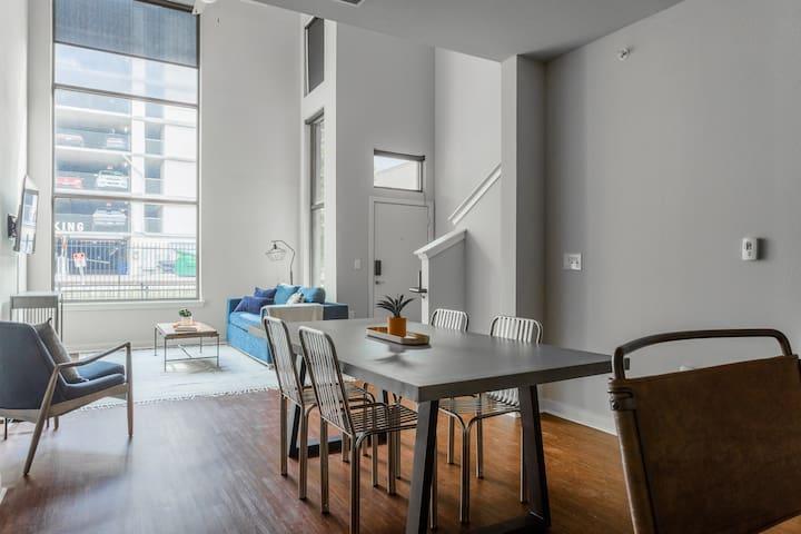 Locale | Austin Eastside | Stunning Loft Suite
