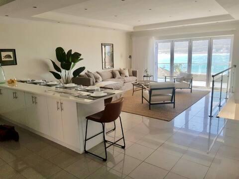 Sunny Cove Bayview Villa