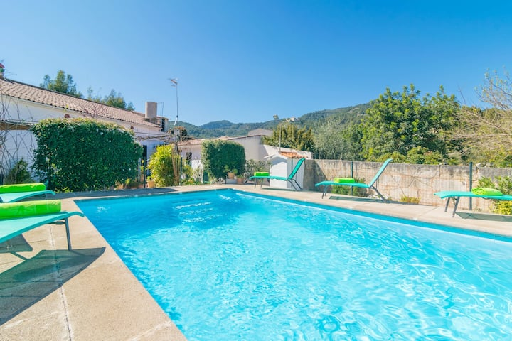 CONSTRUCCIONES BALAGUER - Villa with private pool in Mancor de la Vall. Free WiFi