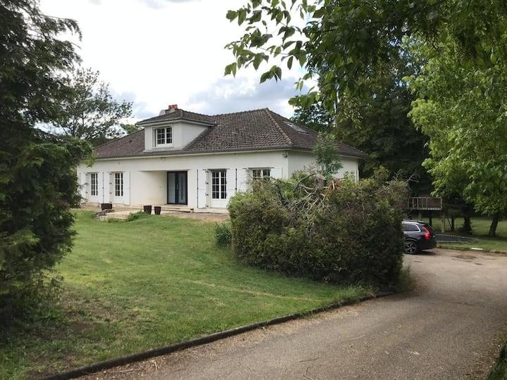 Gîte Estrella Verdun 10 pers 6 Ch Jardin Cascade
