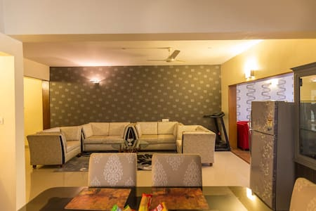 Service Apartment with Car n Driver - Bangalore