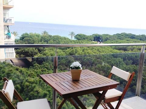 Apartamento Costa Brava linea de playa y piscina.