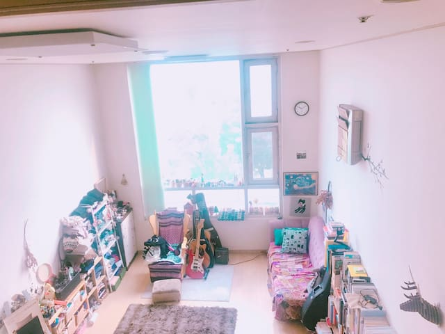The best accommodation in seoul :) 아기자기하고 예쁜 복층 숙소