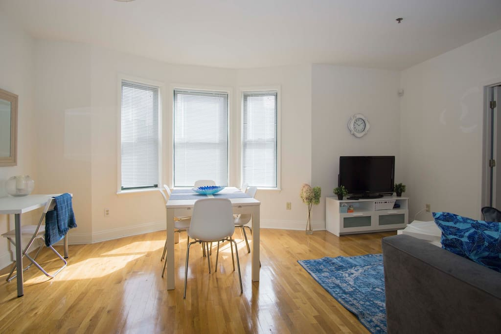 Spacious 2 Bedroom In The Heart Of Hoboken Apartments For Rent In Hoboken New Jersey United