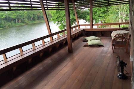 Hideaway cottage by the river+2 meals&car service - Hus