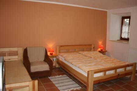 Malé apartmá pro 3 osoby