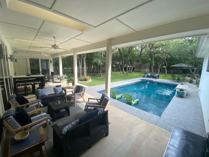 Amor Casa Blanca with resort style private pool!
