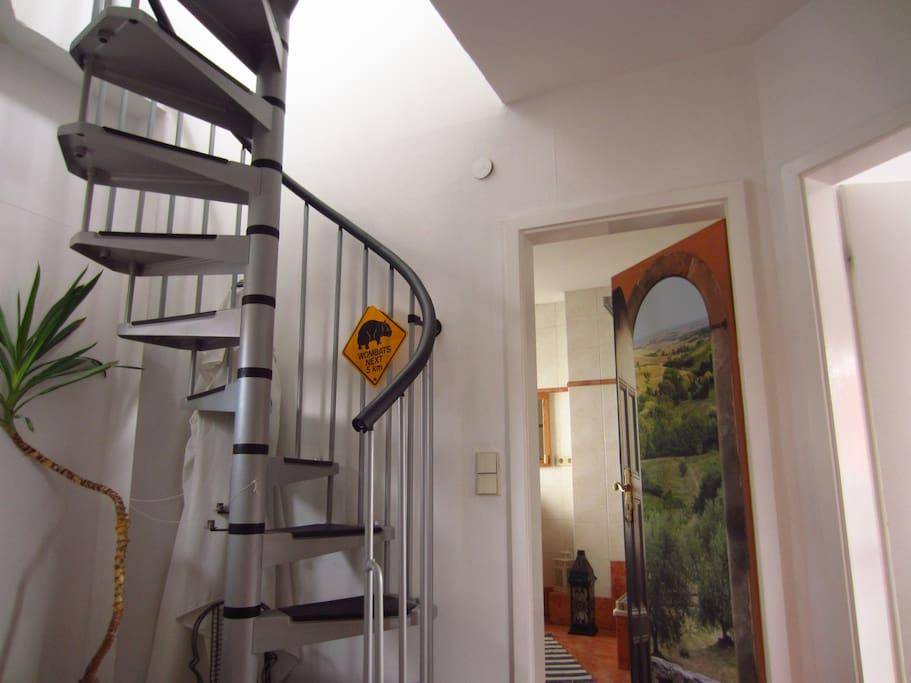 Treppe zur Dachterasse