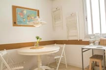 Barceloneta cozy shared apartment