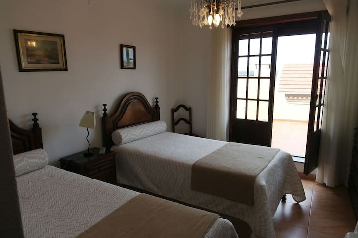 B&B at the beach. - Praia da Leirosa - Bed & Breakfast