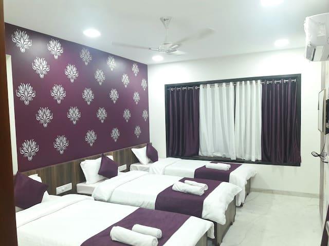 Executive Imperial - Triple Rooms - Bombay - Villa