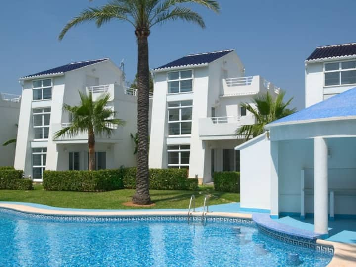 Beach front villa with pool in a 9 unit community