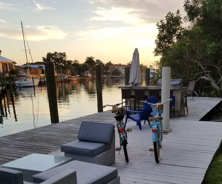 Waterfront Quaint Studio