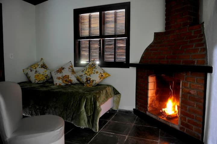 *Casa Fofa! Ótima Localização no Coração de Araras