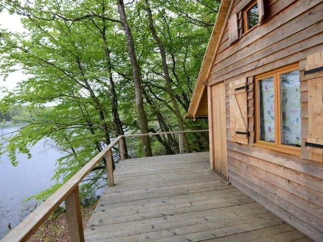 Cabin-Cottage-Shared Bathroom-Lake View-CABANE DE L'ENGOULEVENT