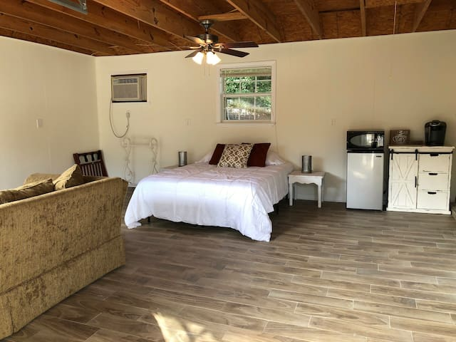 ☆ Private Guesthouse Near Airport/Downtown NOLA ☆