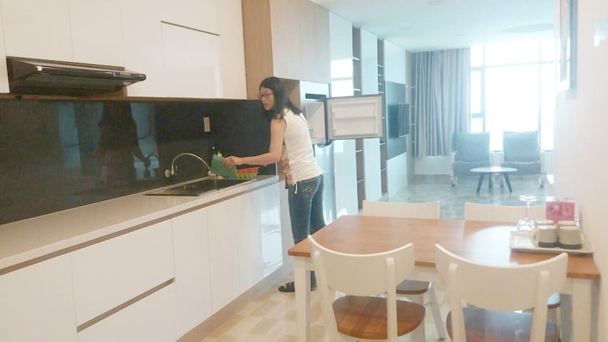 APARTMENT WITH 2 BEDS IN MUONG THANH CENTER - Nha Trang - Apartamento