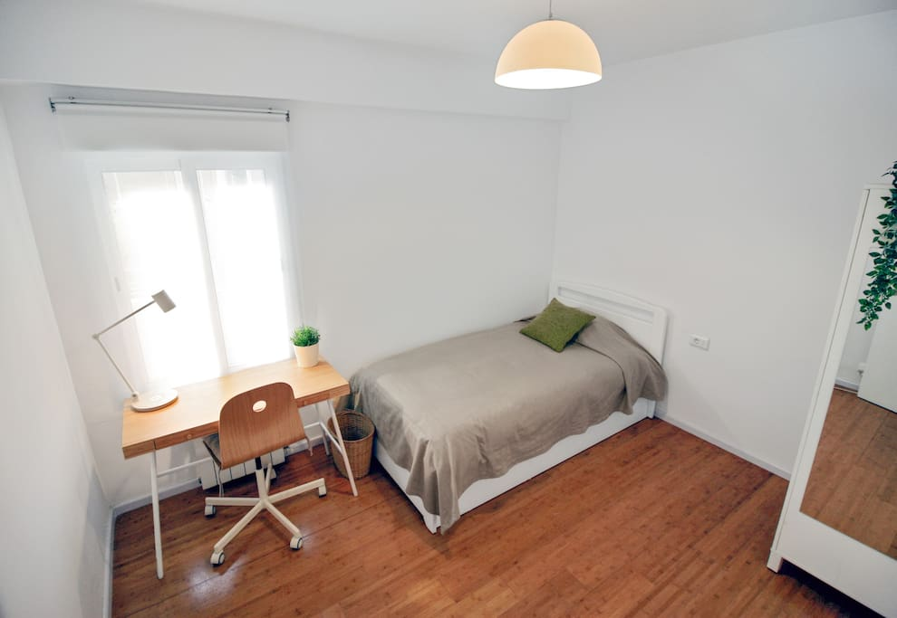 Completly renovate. A private single room.
