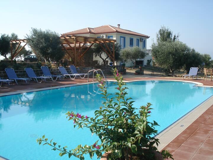 Villa Asteri, Kamaria 3 bedrooms, seaview, pool