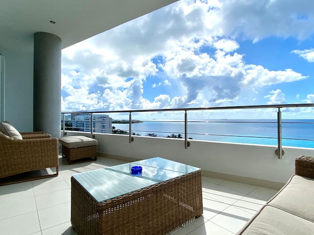Blue View Apartment