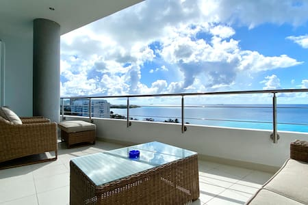Blue View Apartment
