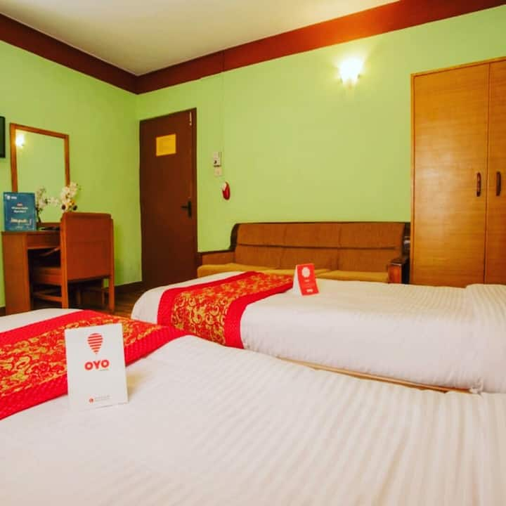 Twin bed room with bed and breakfast in thamel