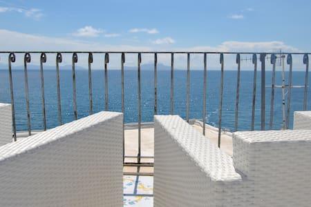 Appartamento sul mare a S.Angelo - Sant'Angelo