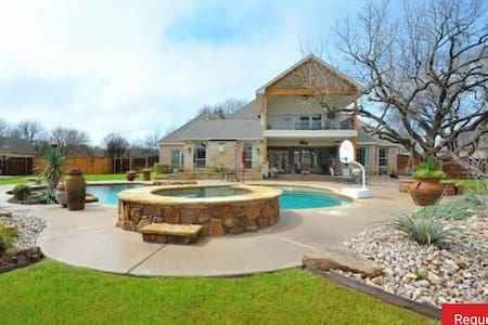 Large Home W/Pool-18 miles from FW - Weatherford - House
