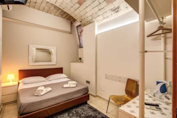 Grey Room INN Vatican Area