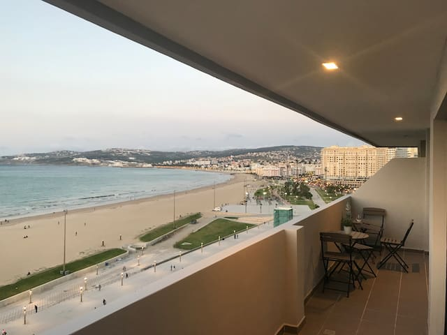 ★ THE VIEW ★ Panoramic Ocean View Condo - Tangier