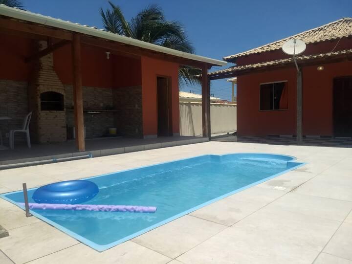Casa com piscina em Aquarius - Cabo Frio