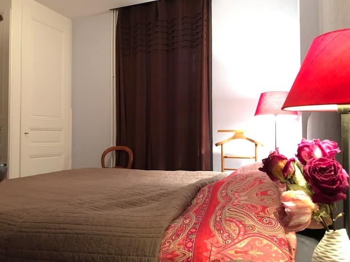 ジュネーブでピアノ練習可♪ゲスト専用の寝室とバスルーム