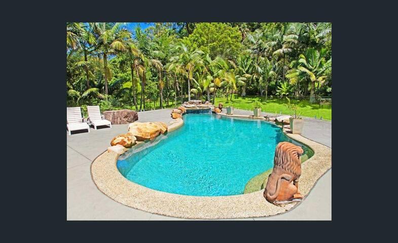 Parkwood Grove - Resort Style Retreat @ Thirroul
