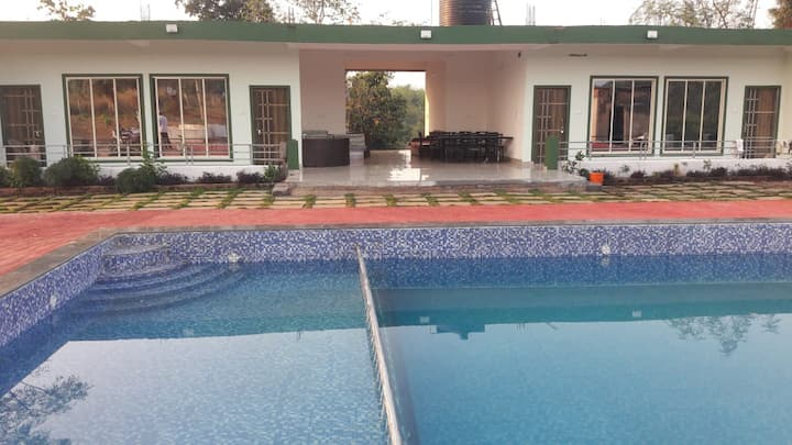 Karjat Resort:- Max Resorts