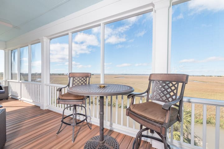 Airy, Marshview Home with golf cart and wifi