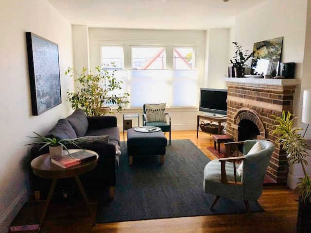 One month sublet in a charming house