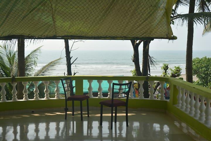 Penthouse Luxury 3 bedrooms  @ Ashvem beach