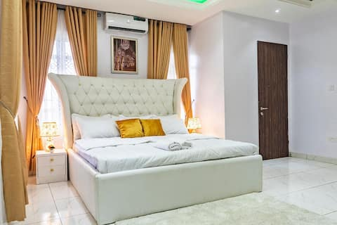 Apartment de Paris-Luxury Versailles room Lekki*