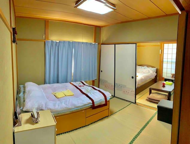 Tatami room Japanese culture experience 大阪神戸京都USJ