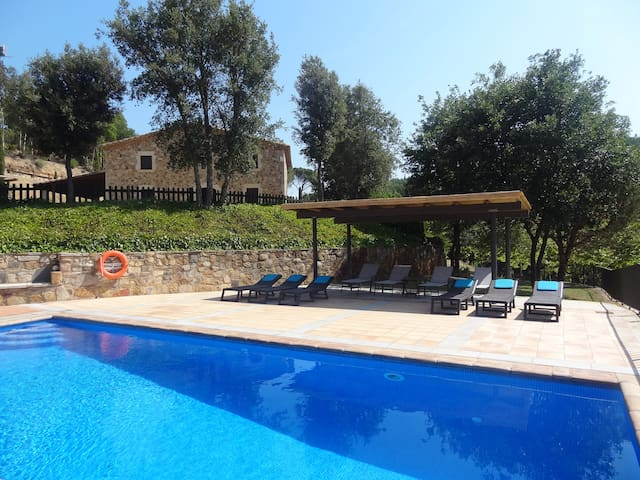Villa privada in Costa Brava with pool - Riudarenes - Casa de campo