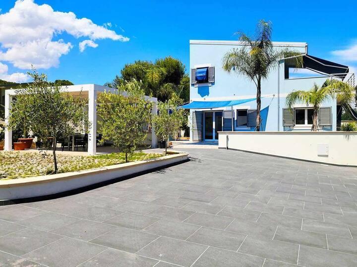 Modern&Luxury Villa in Fontane Bianche Beach