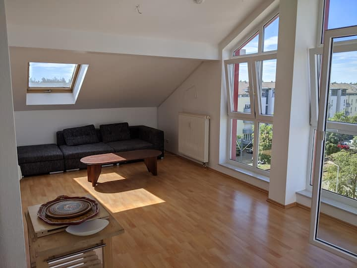 Sunny Apartment with perfect view and easy Links