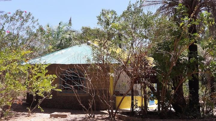 rundes Ferienhaus 65qm, grosser Garten
