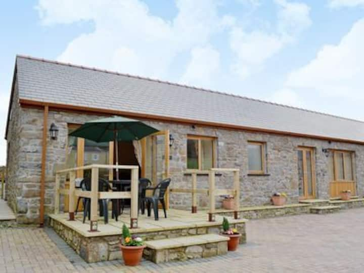 The Dairy - Luxury Converted Barn