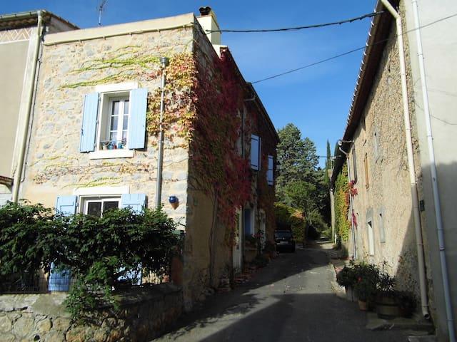 Grande maison dans les Corbières proche des plages - Embres-et-Castelmaure