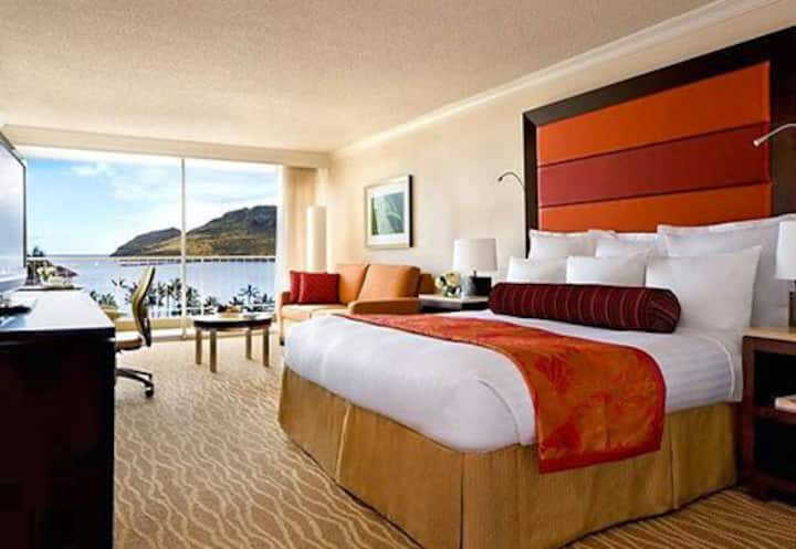 2 ocean view rooms in Marriott resort on Kauai, HI