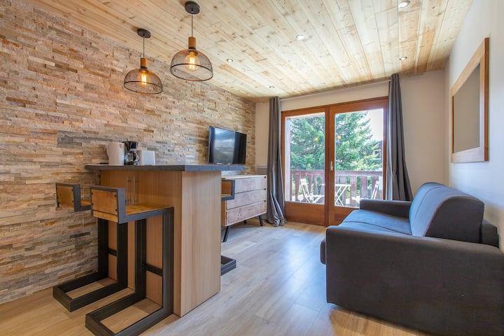 Brand New with Balcony in Megève! #COEUR4