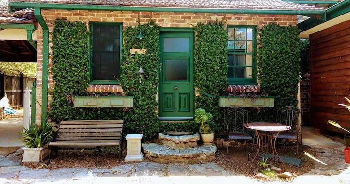 Bella Cottage