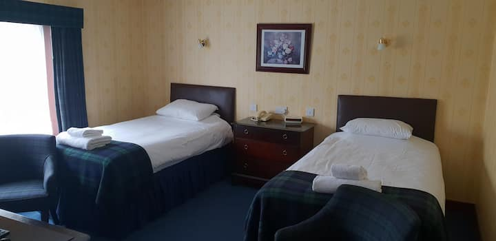 Twin Room (Two Single Bed)